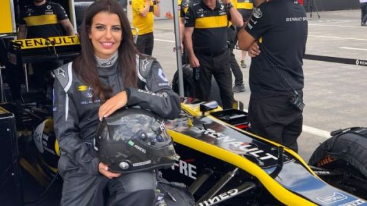 Aseel Al-Hamad Drives A Formula One Car The Day The Saudi Ban On Female Drivers Is Overturned