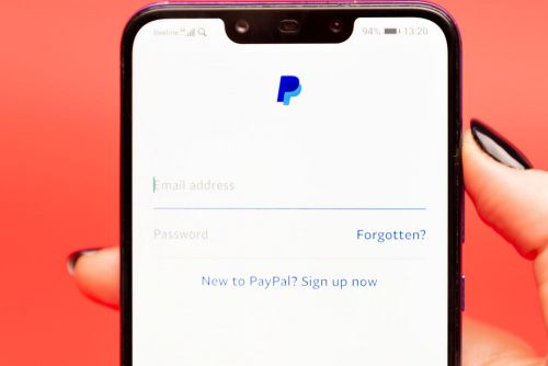 'Does Expedia accept PayPal?': How to use PayPal as a payment method for hotel bookings