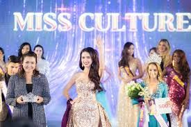 Beauty queen from Vietnam crowned World Miss Tourism Ambassador this year in Thailand