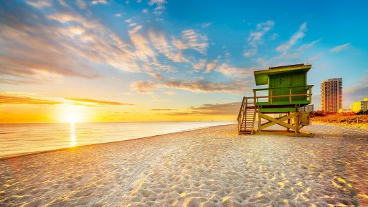 Need a Beachy Weekend Getaway in Your Life? These 6 Spots Bring the Sun, Sand and Sea