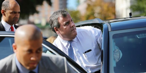 The Supreme Court unanimously reversed the convictions of two top Chris Christie aides involved in the Bridgegate scandal
