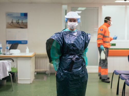 Photos show how shortages are forcing doctors and nurses to improvise coronavirus PPE from snorkel masks, pool noodles, and trash bags