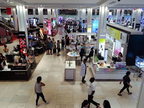 We went shopping at Macy's and JCPenney to see which was a better department store, and the winner was clear