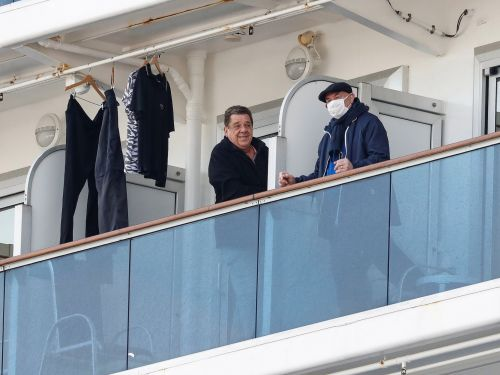 'Wholly inappropriate' quarantine practices may have helped spread coronavirus on the Diamond Princess cruise ship, experts say