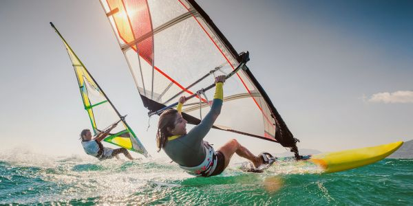Wind, Kite, Hydrofoil or Standard? How to Tackle Every Surf Style in Hawaii
