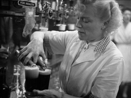 16 pictures that show how much being an American bartender has changed in the 100 years since Prohibition