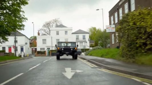 Yes, You Technically Can Drive a Hummer H1 In The U.K