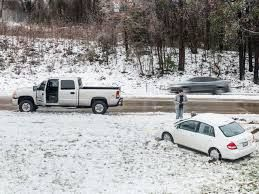 North Carolina snow storm leads to cancellation of 500 flights on Monday