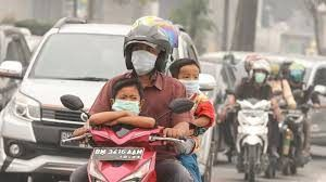 Haze worsens in Malaysia and Indonesia, Thousands of Schools Shut Down